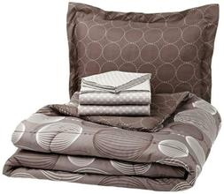 AmazonBasics 5-Piece Bed-In-A-Bag Comforter Twin/Twin XL, In